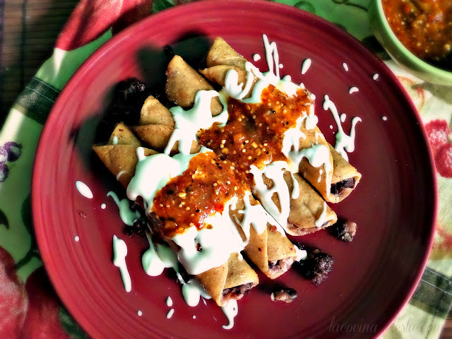 Black bean & caramelized onion flautas - lacocinadeleslie.com