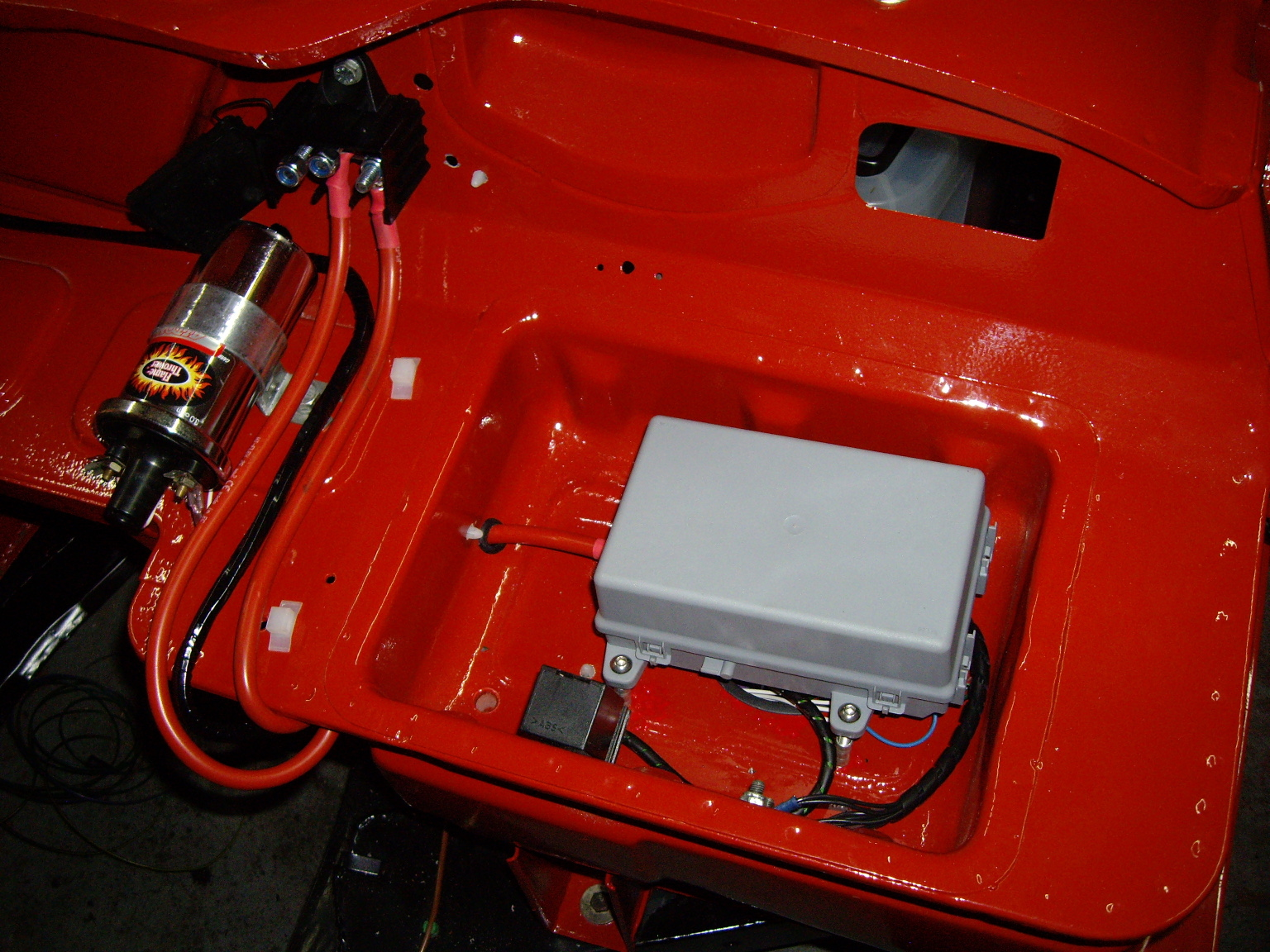 Triumph Spitfire Fuse Box Simple Electrical Wiring Diagram Volvo P1800 Club 1968 In The Photograph Below Is Still