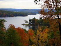 Plan your Autumn Vacation DEEP CREEK LAKE