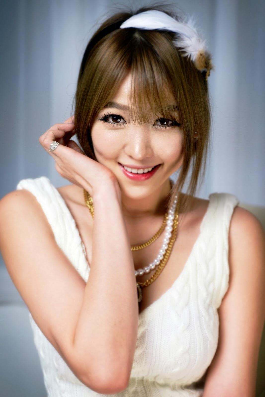 Lee Eun Hye - Pure Beauty