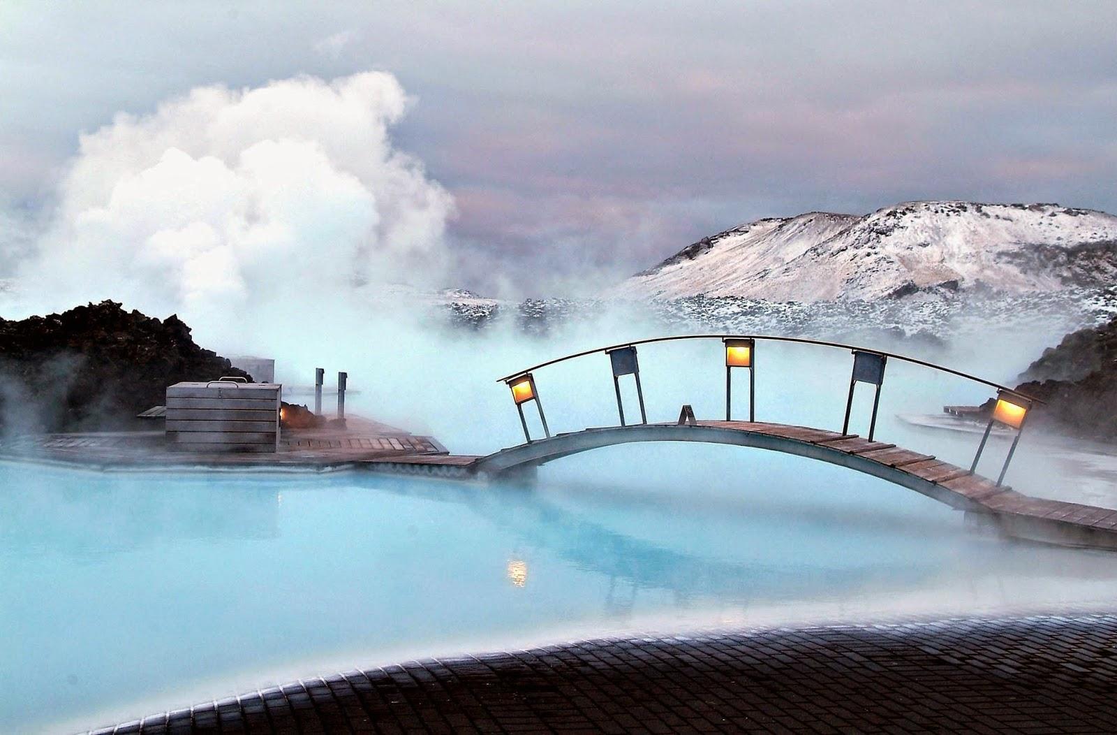 Las piscinas más impresionantes del planeta 9.%2BBlue%2BLagoon%2BGeothermal%2BResort%2B-%2BGrindav%C3%ADk,%2BIceland