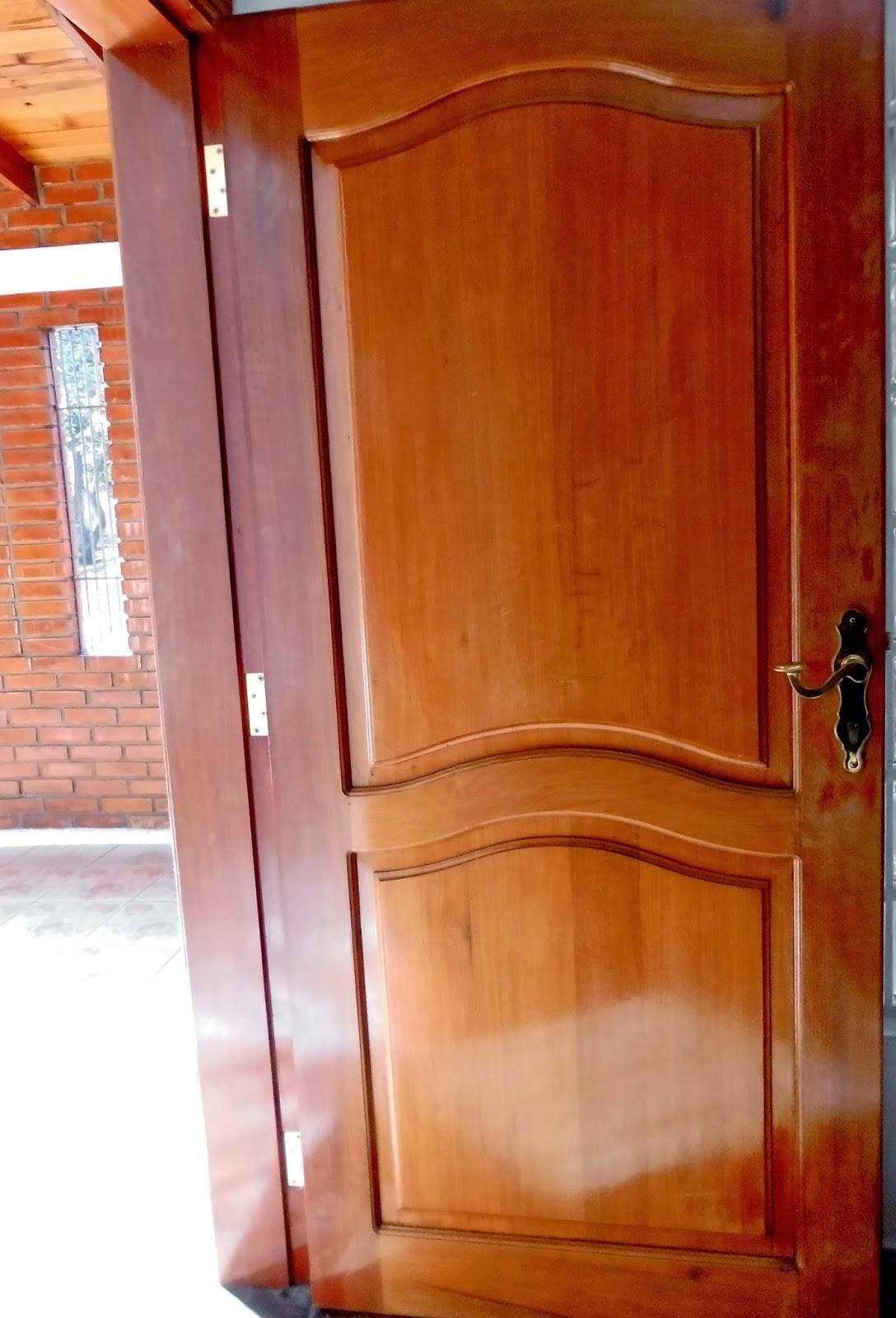 Soluciones para el hogar y el amor puertas for Modelos de puertas de madera