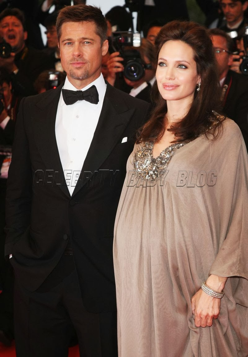 Angelina Jolie Pregnant Pictures With Twins