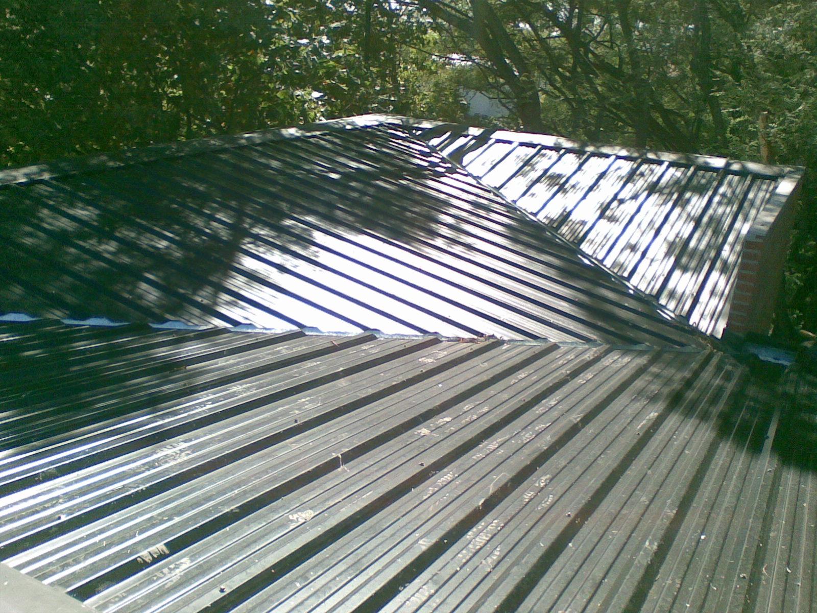 Zingueria artesanal y techos ortiz muestra de trabajo en for Techos modernos de chapa
