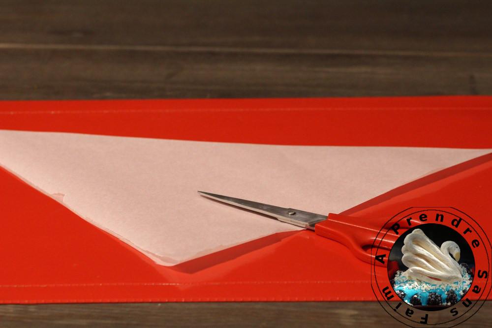 Comment faire un cornet pâtissier (pas à pas en photos)