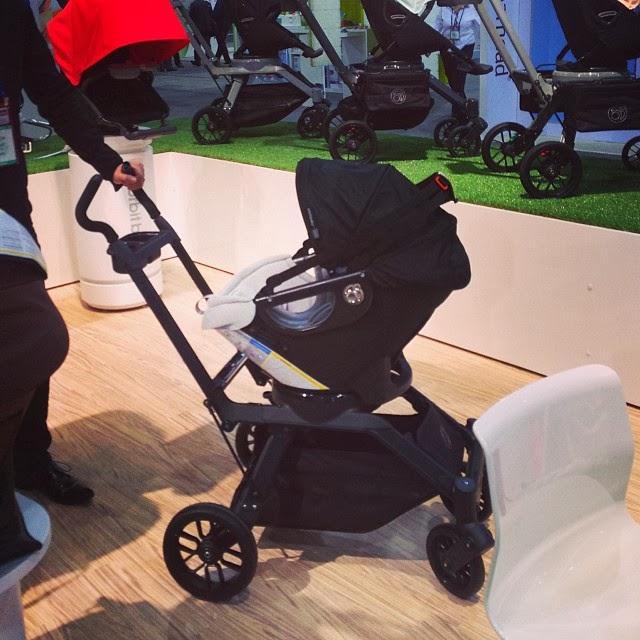 Kim Kardashian Baby Car Seat Www Imgkid Com The Image