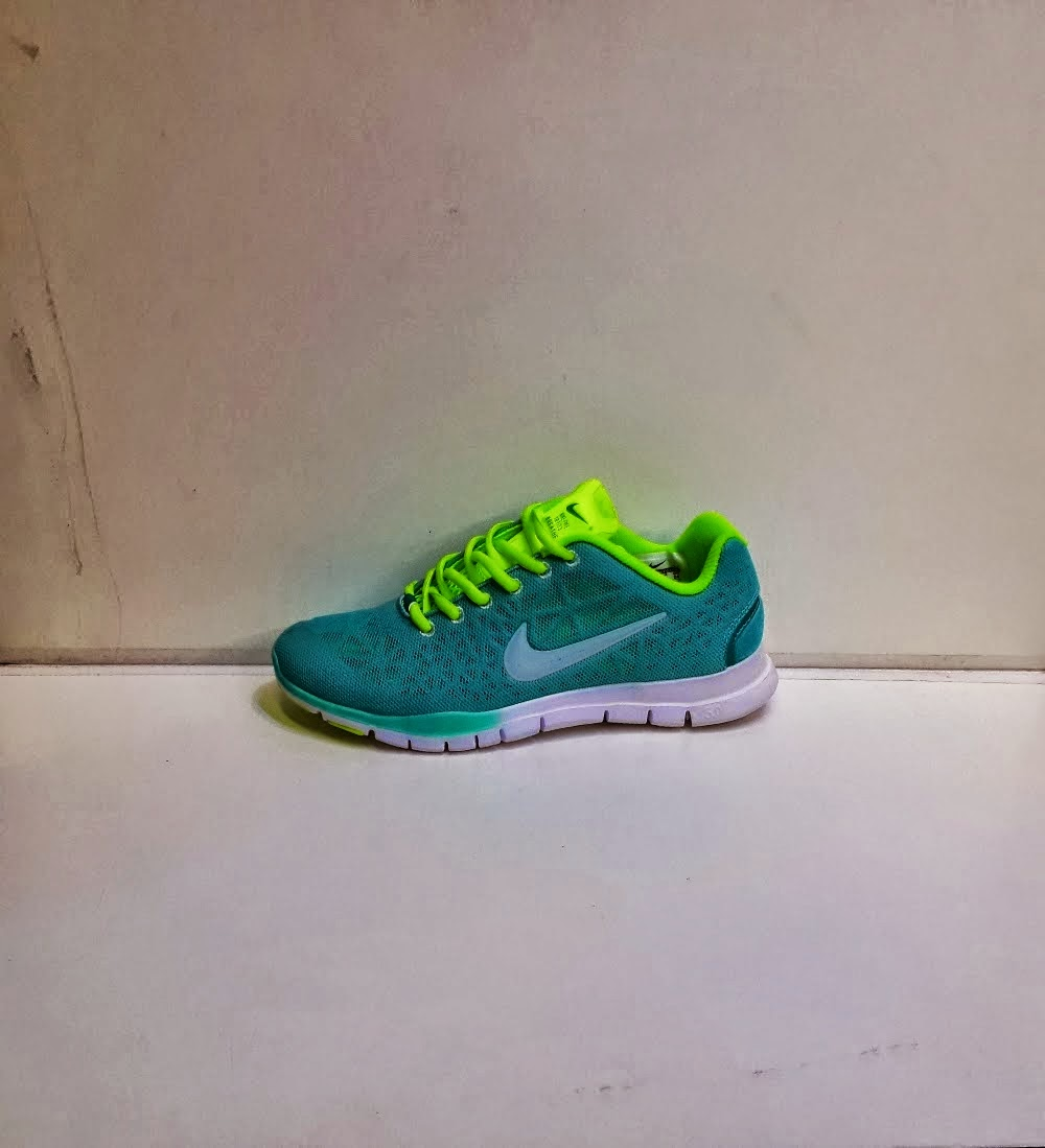 Nike Free TR3 biru.nike Running,Nike Import,Nike murah