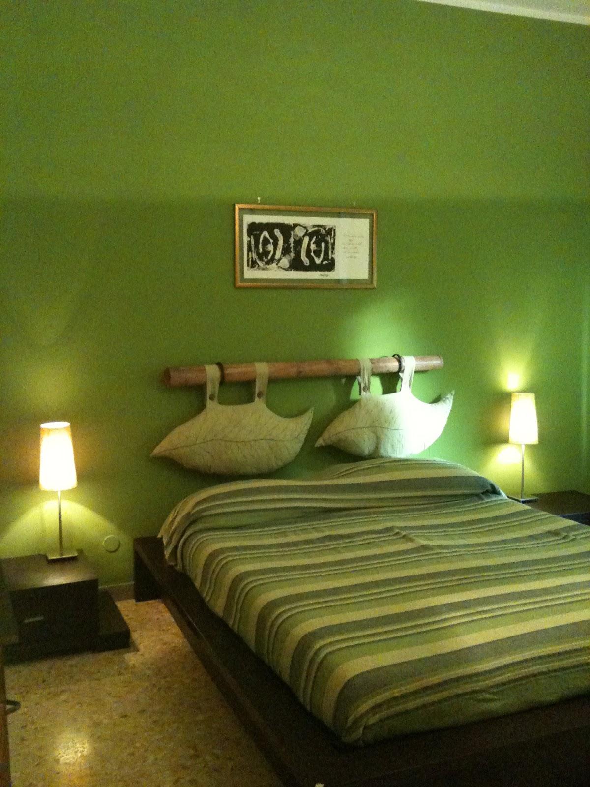 La testata del mio letto stata fatta con una canna di b - Cabecero de bambu ...