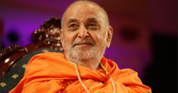 Desktop Wallpaper of Pramukh Swami Maharaj | Festival Chaska