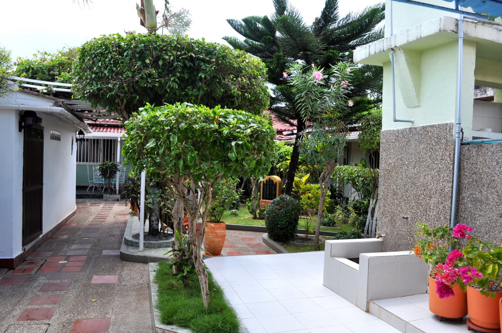 Residencia hostal omaira torres for Hostal ciudad jardin