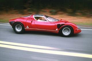 red color Alfa Romeo 33 Stradale