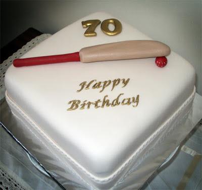 Delana S Cakes Cricket Bat And Ball Cake