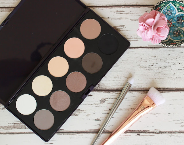 Neve cosmetics Eleganitssimi palette review