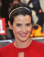 Cobie Smulders Golden Headband Hairstyle