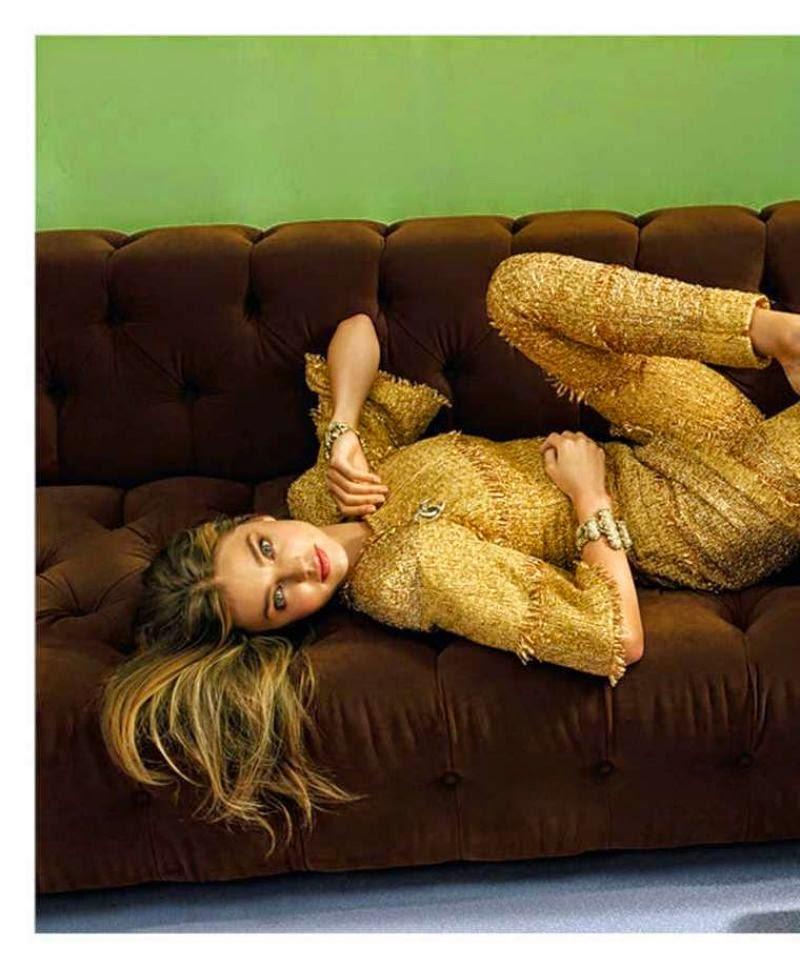 عارضة الأزياء ميراندا كير في صور لمجلة InStyle الاسترالية