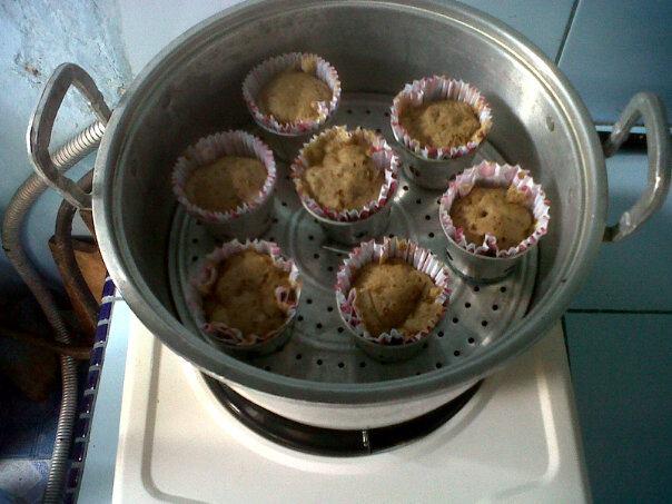 Cara Membuat Kue Bolu Kukus Coklat :