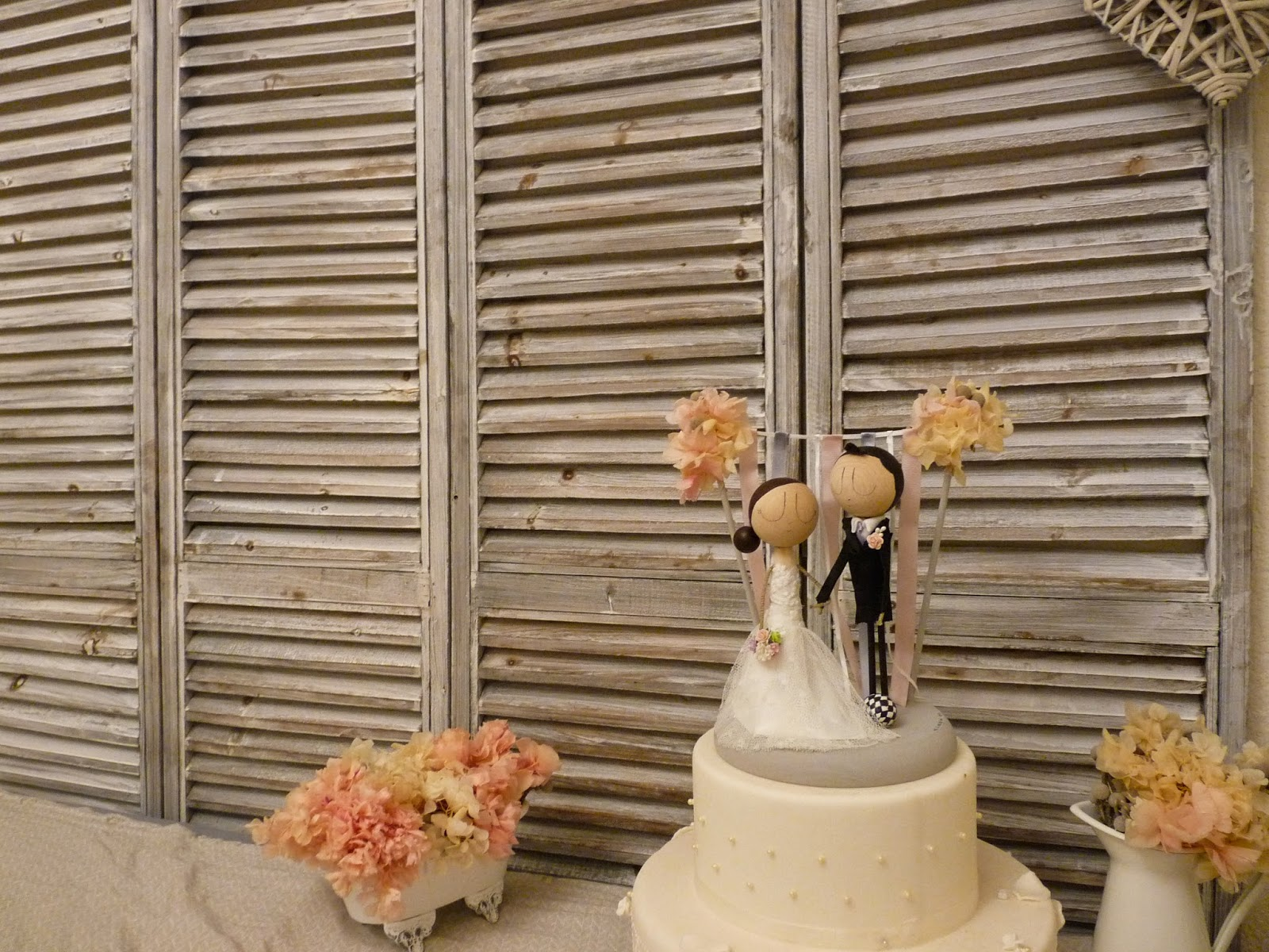 pronovias, novios pastel personalizados, figuras tarta, muñecos pastel, novios, novios originales, novios con encanto, wedding cake, topper cake, cake topper, bride,novia, novio, vestido novia, muñecos pastel personalizados, tarta boda, pastel nupcial, prometidos, nos casamos, novios de pastel elegante, con encanto, maleta, viaje de novios, ramo de novia, peinado novia, corbata novio, restaurante bodas, mrymrsbyani, mr&mrsbyani, wedding topper cake