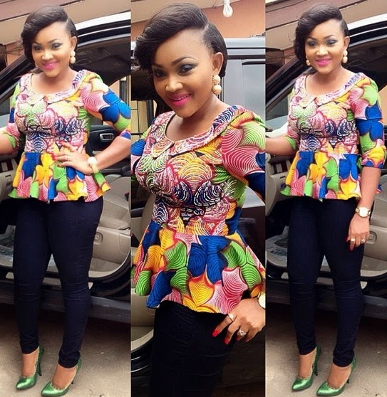 Mercy Aigbe Amp Bukky Ogunnote Cooking Jollof Rice On