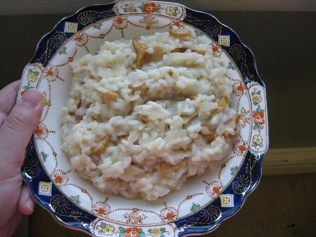 risotto aux chanterelles, bouillon de légumes, vin blanc, vegan, sans gluten
