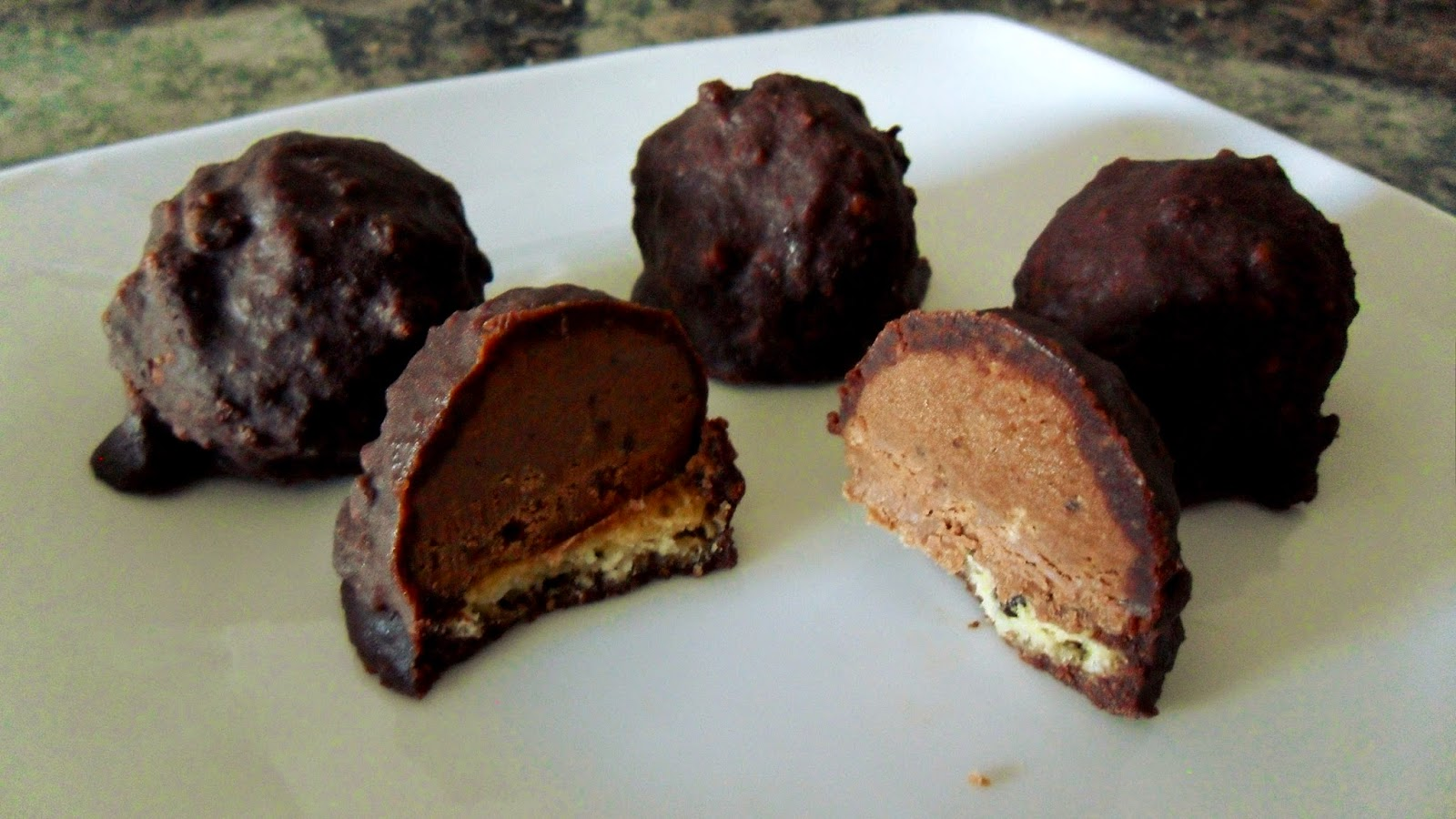 Ally in Cali: No-bake peanut butter Nutella cookie truffles!