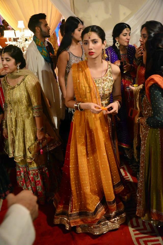 Mahira Khan On Her Friend Wedding Unseen Pictures World Business