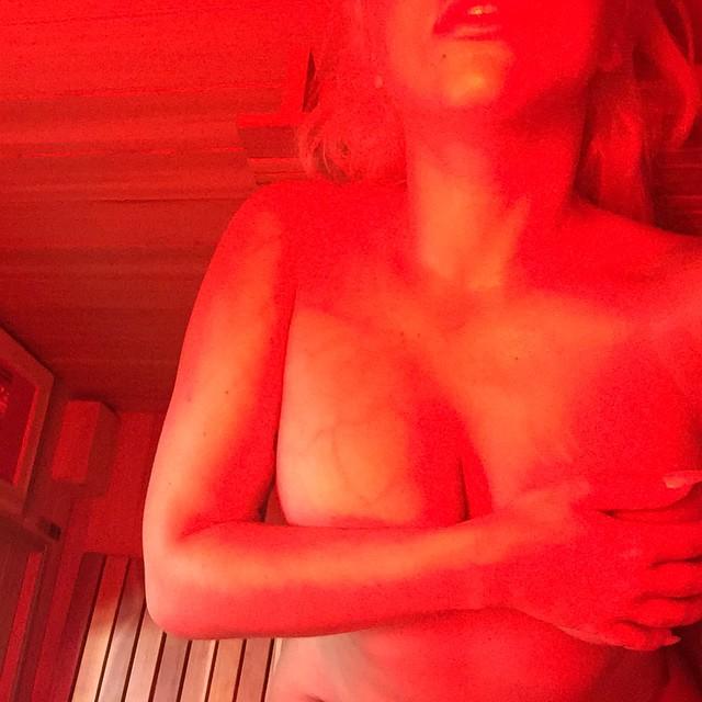 Nuevo topless de Lady Gaga