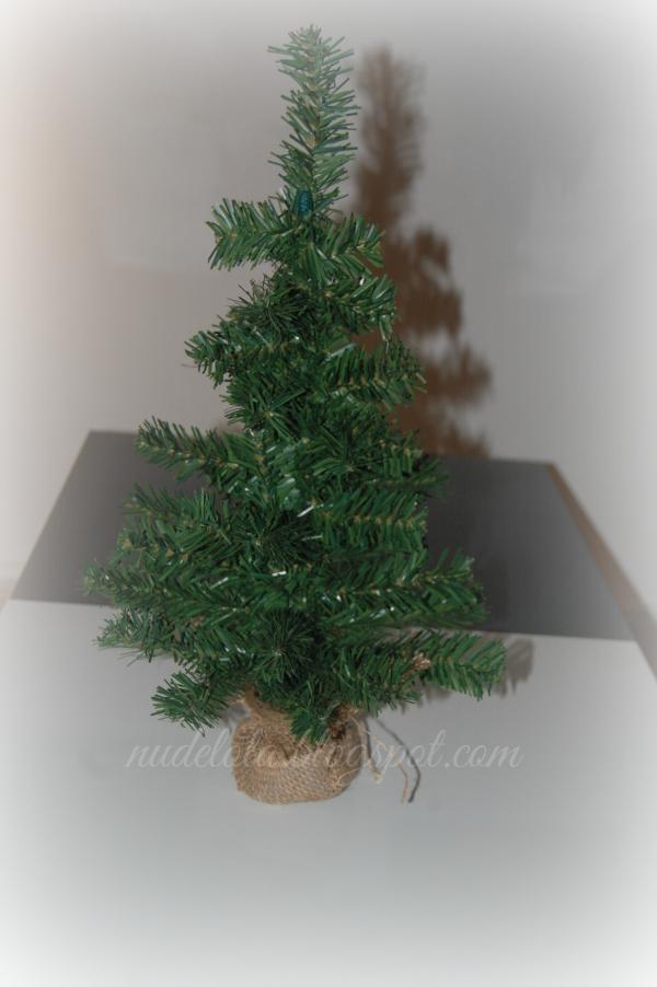 decoración_navidad_navideña_mini_arbol_bolitas_corazones_luces_velas_nudelolablog_02