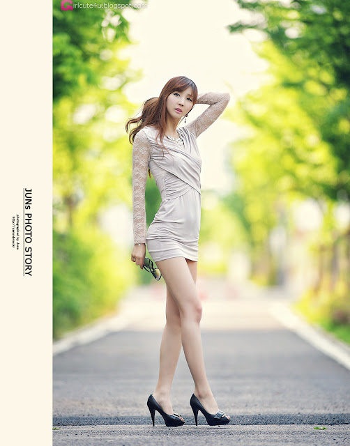 2 Long Legs Lee Yoo Eun-very cute asian girl-girlcute4u.blogspot.com