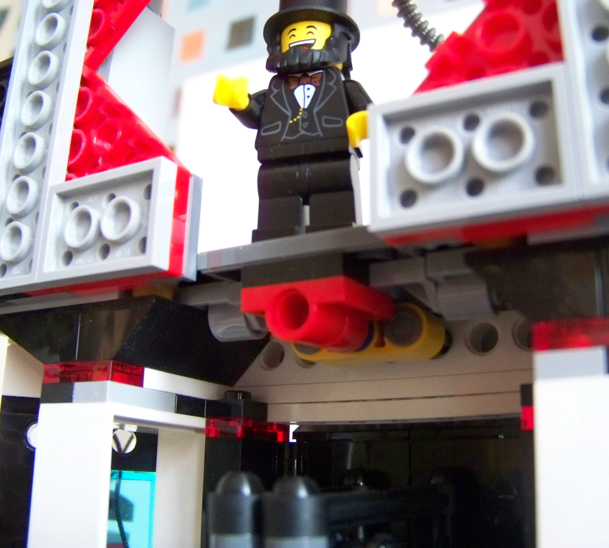 LEGO Movie Lord Business Lair Play features