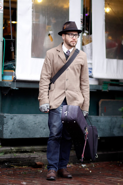 Gregory Paul Pike Place Market Banjo seattle street style fashion musician It's My Darlin'