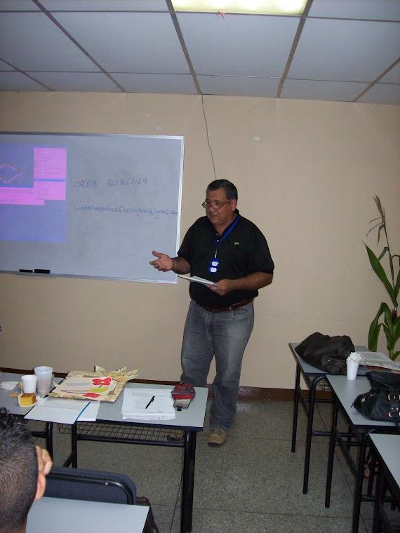 L.B Camoruco participando