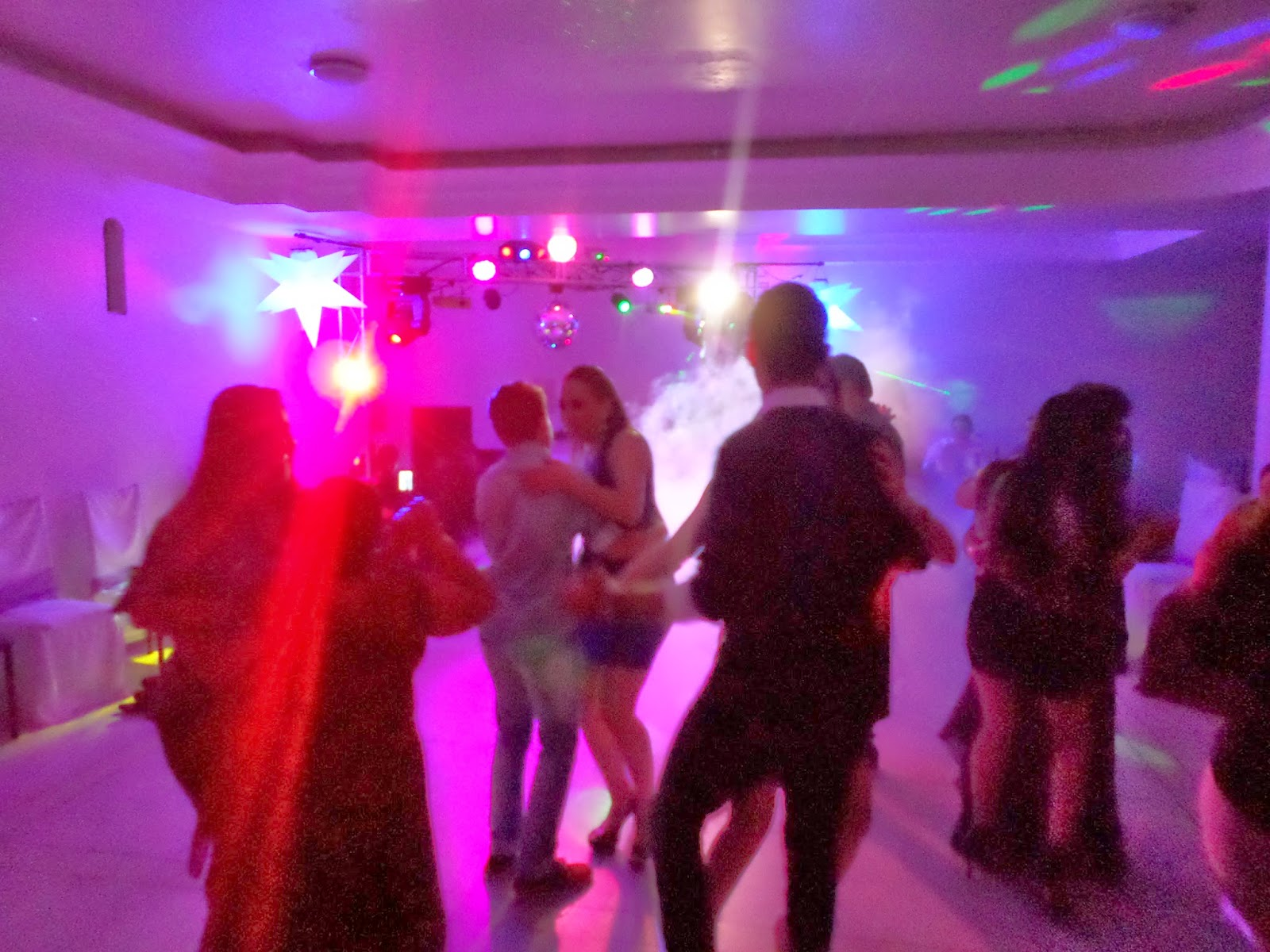 DJ PARA FESTA, DJ EM JOINVILLE, DJ PARA CASAMENTO, DJ PARA FORMATURAS, DJ PARA FESTA DE 15 ANOS, EVENTOS JOINVILLE, STAR FOTOS E EVENTOS, SOM E ILUMINAÇÃO PARA CASAMENTO, DJ PARA FESTAS EM JOINVILLE,
