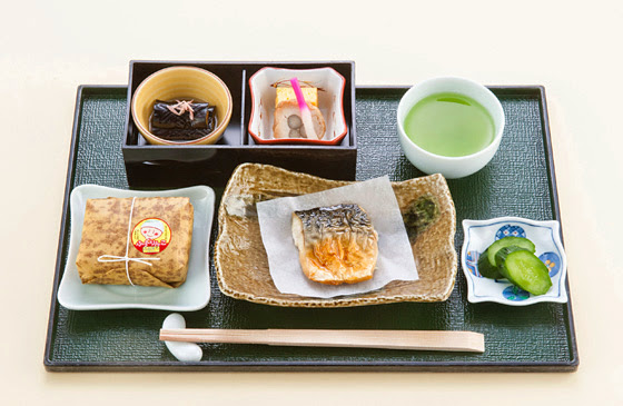 JAL Domestic First Class early May breakfast menu.