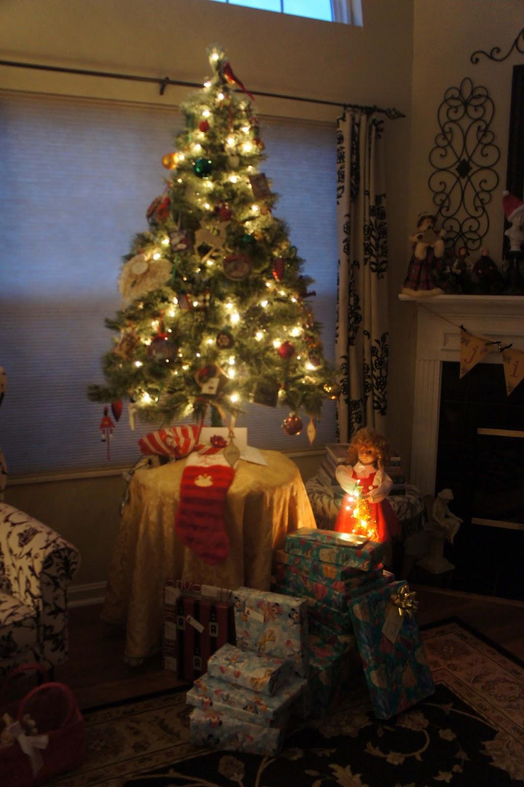 Creative Home Expressions Christmas Decor 2015