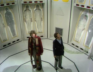 http://1.bp.blogspot.com/-Z5TYJQ0F430/UVG4yD1Gf3I/AAAAAAAAKDY/uX1Eo_hoaWI/s1600/doctor-who-the-ark-in-space-ark.jpg