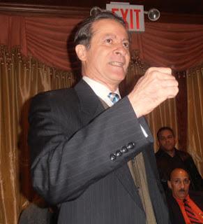Supuesto hijo de Balaguer dice apoyará a Hipólito si PRSC no lleva candidato propio