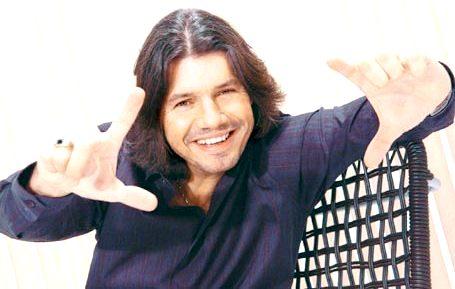 Marcelo Tinelli con bella sonrisa