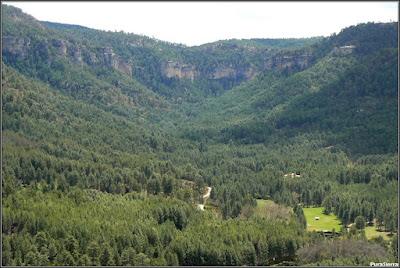 Vista del Valle de El Hosquillo y de la hoz que lo cierra
