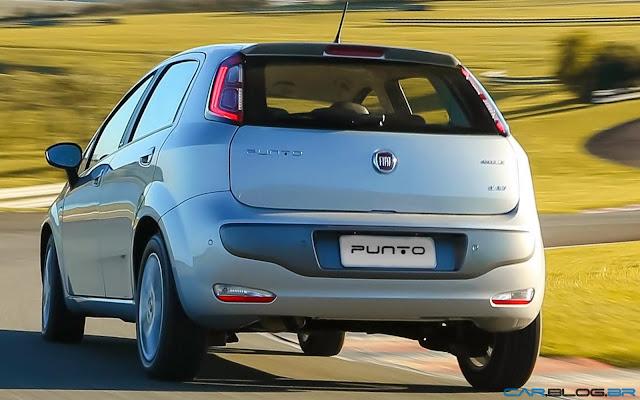 Fiat Punto Essence 1.6 16V 2013 - traseira