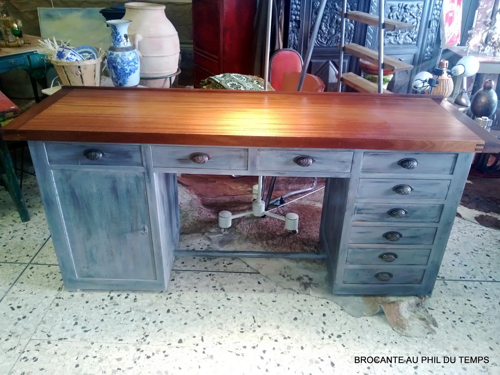 L 39 atelier de philippe comptoir tabli meuble de m tier for Meubles patines