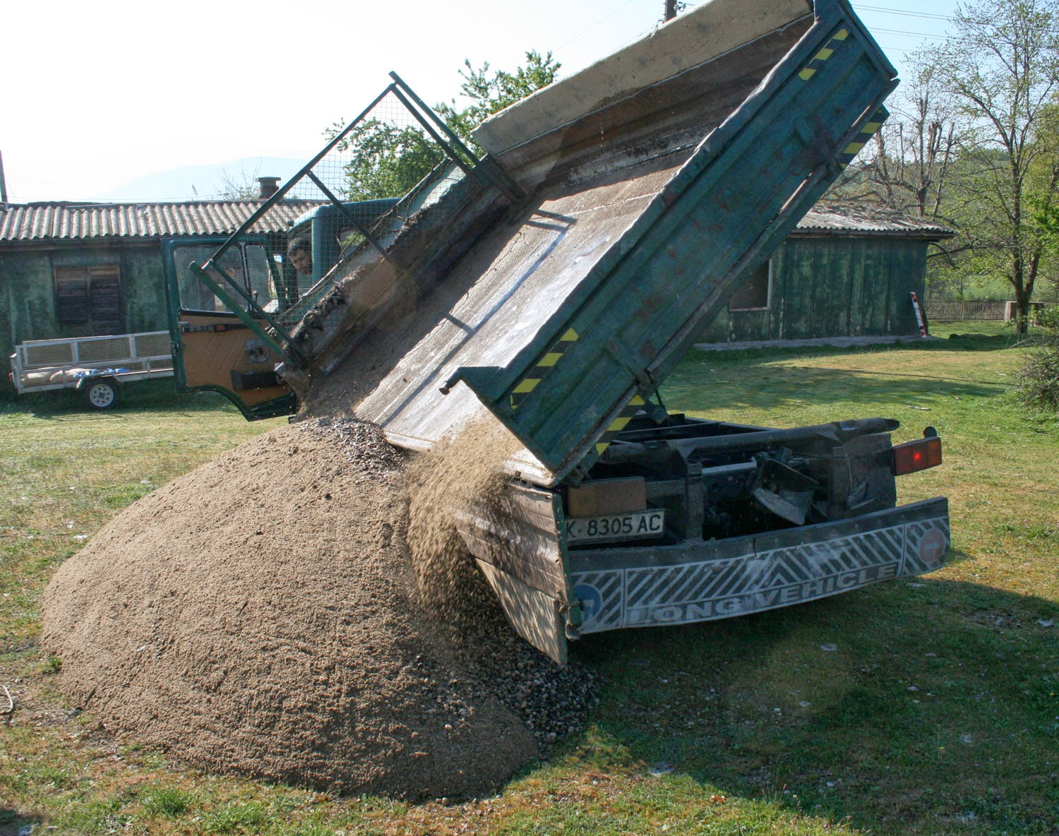 Delivery of gravel