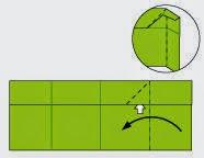 Bước 7: Từ vị trí mũi tên trắng, ta mở miếng giấy ra, đồng thời ta gấp cạnh bên phải tờ giấy vào phía trong. Xem thêm video bên dưới để thấy rõ chi tiết.