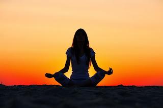 4 Gerakan Yoga Untuk Mengecilkan Perut Dengan Mudah