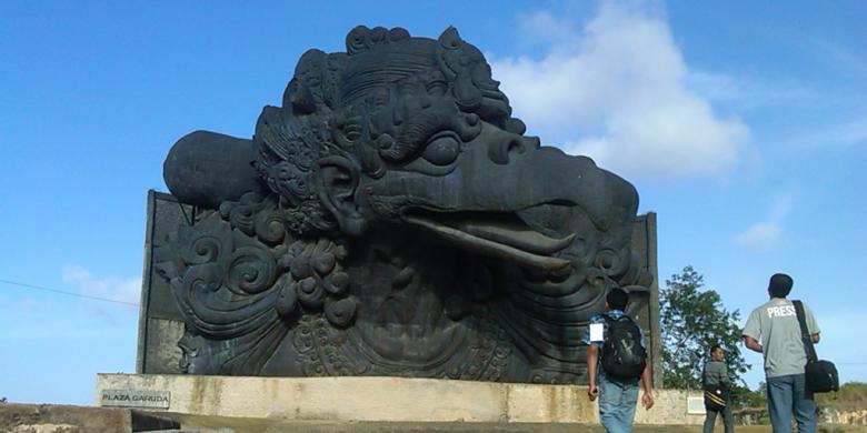 Patung Garuda Wisnu Kencana (GWK) Lebih Tinggi Dari Liberty