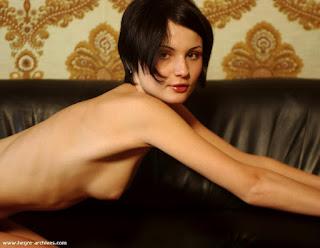 Naughty Lady - rs-olga3_10-736923.jpg