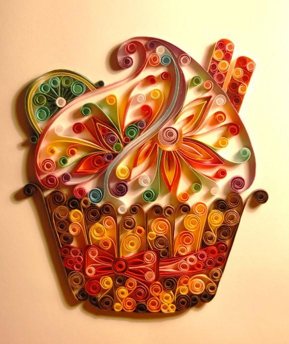 فـــن طـــي الــورق الملـــون رووووعة... Quilling_cupcake_by_iron_maiden_art-580x689.jpg