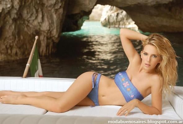 Bikinis 2013. Marcela Koury Bikinis, trikinis y tankinis 2013.
