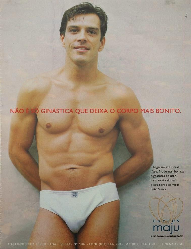 Propaganda do modelo Beto Simas para as Cuecas Maju em 1997.