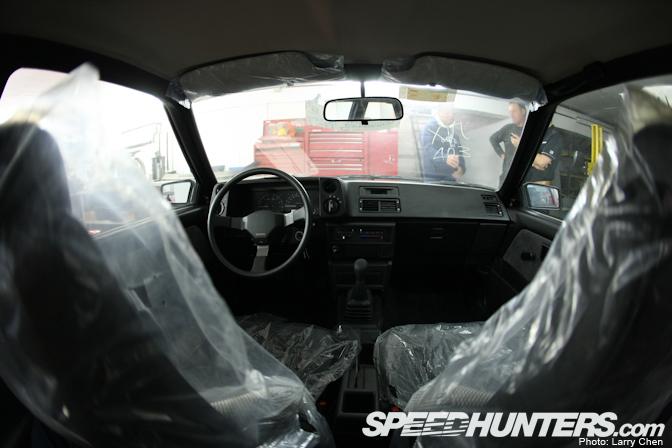 toyota3 Toyota AE86 Berusia 25 Tahun Yang Masih Di Dalam Plastik