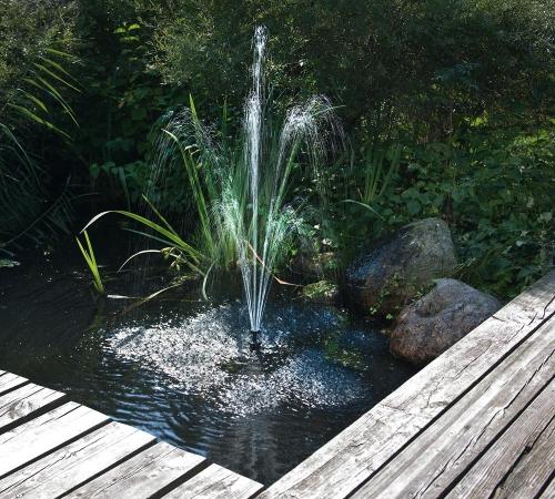 Jard n solar c mo oxigenar mi estanque con energ a solar for Estanque para agua de 1000 litros